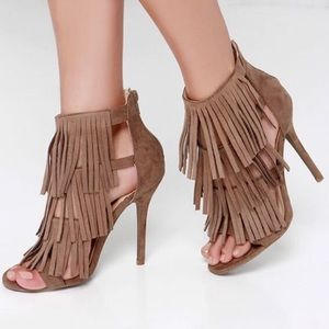 Steve Madden - Fringly Suede Tan